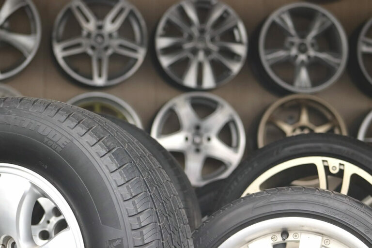 Study Up Before Buying Replacement Tyres to Save Unnecessary Costs