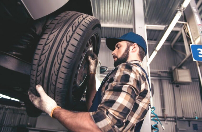 What to Look For When Replacing Tyres