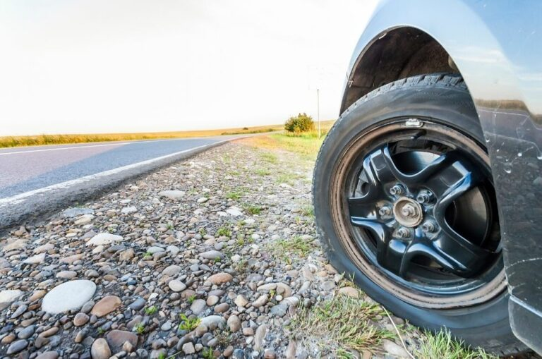 How to Avoid Tyre Punctures and Blowouts