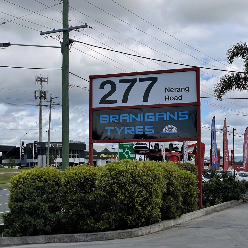 Branigans Tyres signage.