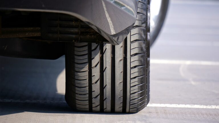 Recycled-Tyres-Maintenance-and-Rotation-with-Premium-Brands